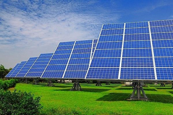Thi công điện mặt trời tại TP Vinh Nghệ An